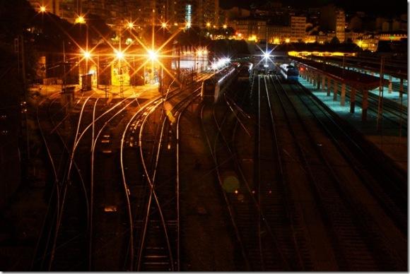 Vista nocturna de la estación de Vigo-Urzaiz