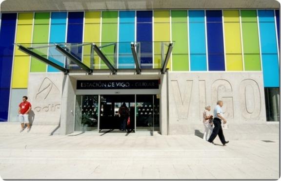 Fachada principal de la nueva estación de Vigo-Guixar